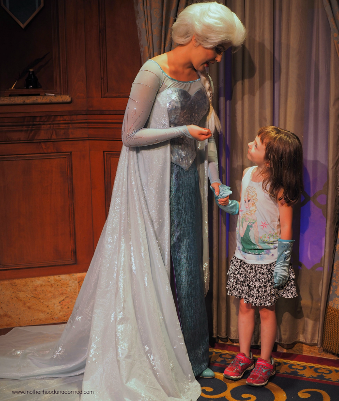 Ellie meets Elsa at Disney World