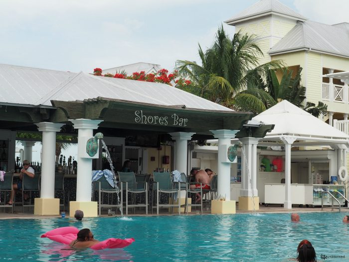 Southernmost-Beach-Resort-Shores-Bar-and-Pool
